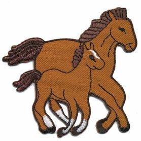 Opstrijkbare applicatie paardjes bruin (5 stuks)