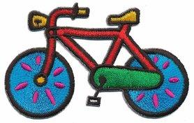 Opstrijkbare applicatie fiets rood met blauwe wielen (5 stuks)