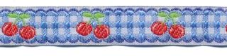 Licht blauw-wit geruit band met rode kersjes 12 mm (ca. 22 m)