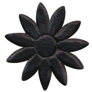 Applicatie bloem zwart met puntige blaadjes effen satijn groot 48 mm (ca. 100 stuks)