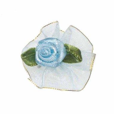 Roosje satijn blauw op licht blauw organza blad 30 mm (10 stuks)