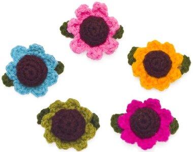 Gehaakte zonnebloem mix kleuren ca. 35x45 mm (10 stuks)