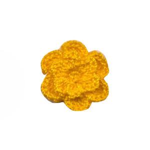 Gehaakt roosje warm geel 25 mm (10 stuks)