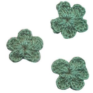 Gehaakt bloemetje zeegroen 20 mm (10 stuks)