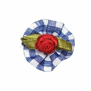 Roosje satijn rood op donker blauw geruit blad 25 mm (10 stuks)