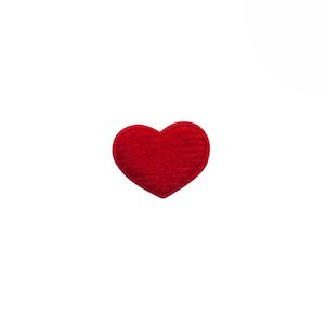 Applicatie hart rood vilt mini 15x12 mm (ca. 100 stuks)