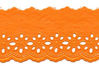 Broderie licht oranje KATOEN 75 mm (ca. 13,5 m)